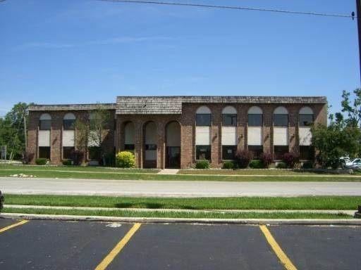 Commercial at 10661 S Roberts Road Palos Hills, Illinois 60465 United States