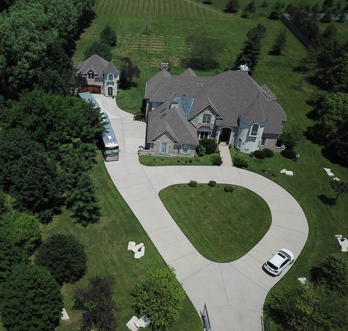 Single Family Homes for Sale at 9644 W Cheri Court Frankfort, Illinois 60423 United States