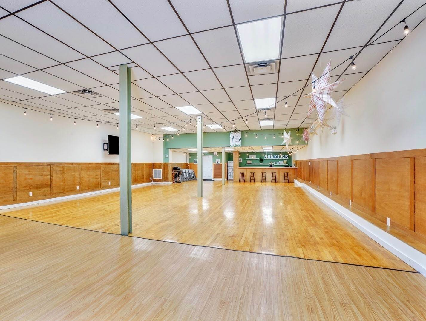 Commercial for Sale at 2410 S Central Avenue Cicero, Illinois 60804 United States