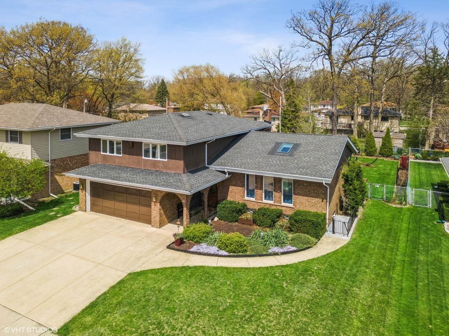 Single Family Homes for Sale at 181 Spring Oaks Drive Wood Dale, Illinois 60191 United States