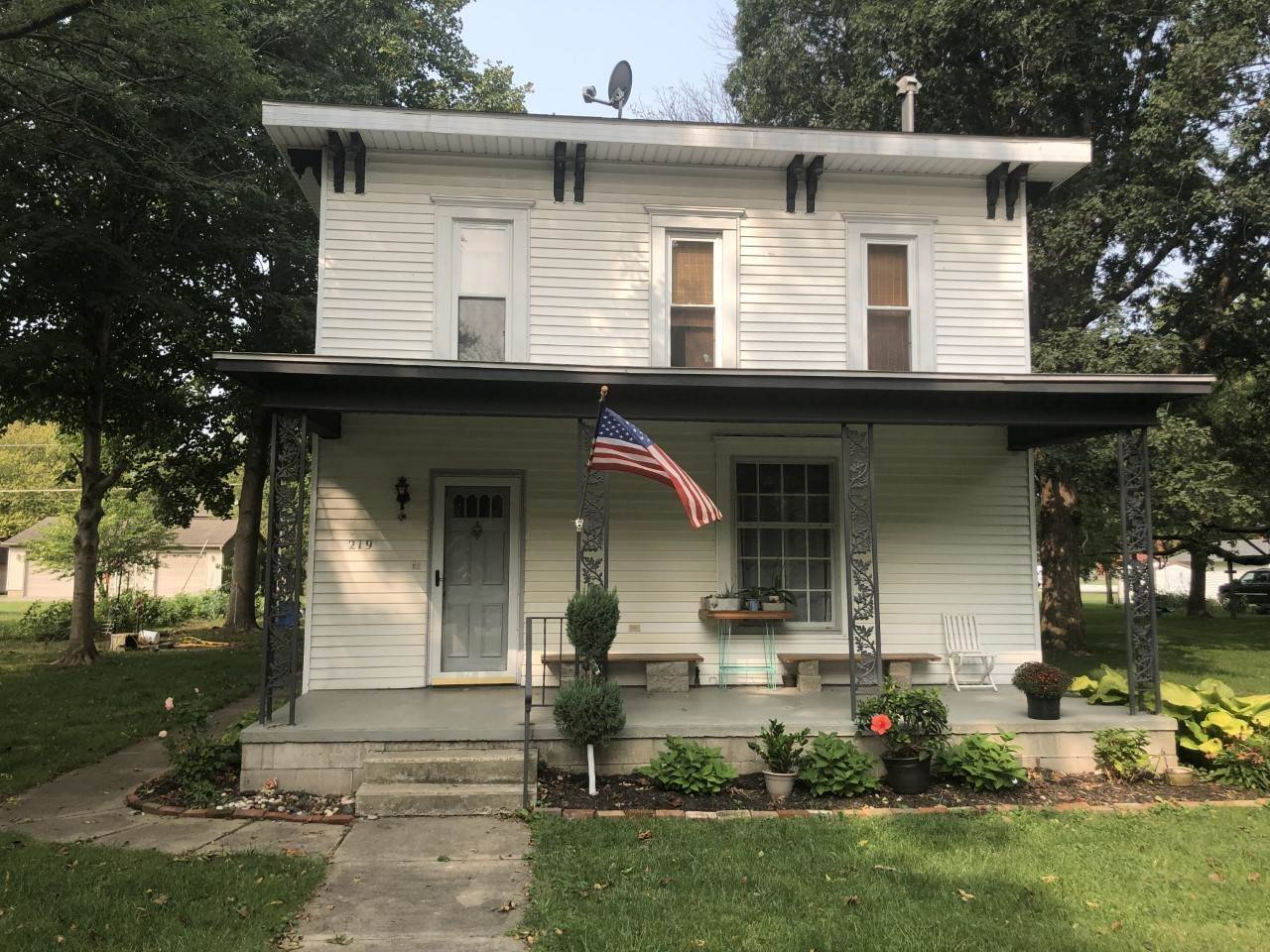 Single Family Homes for Sale at 219 N Main Street Atwood, Illinois 61913 United States