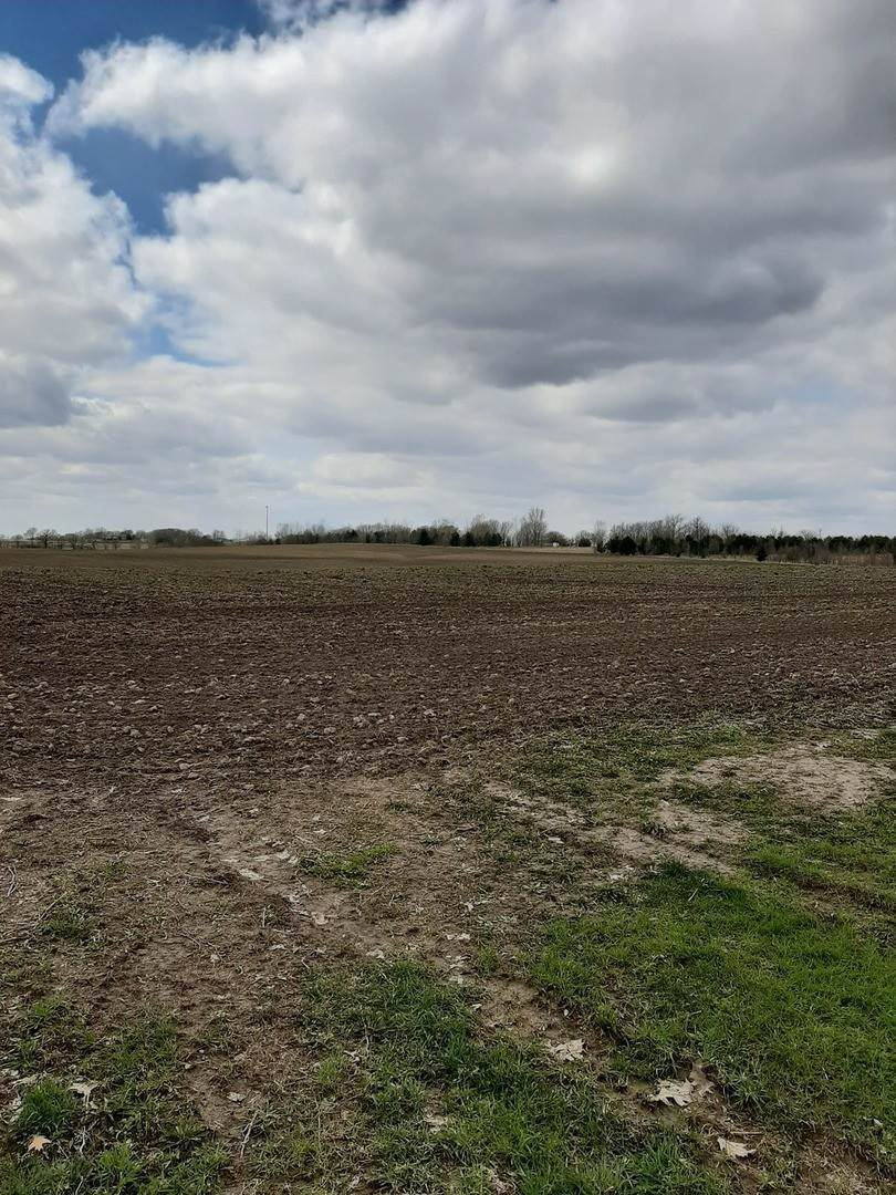 Farm for Sale at Anderson Road Newark, Illinois 60541 United States