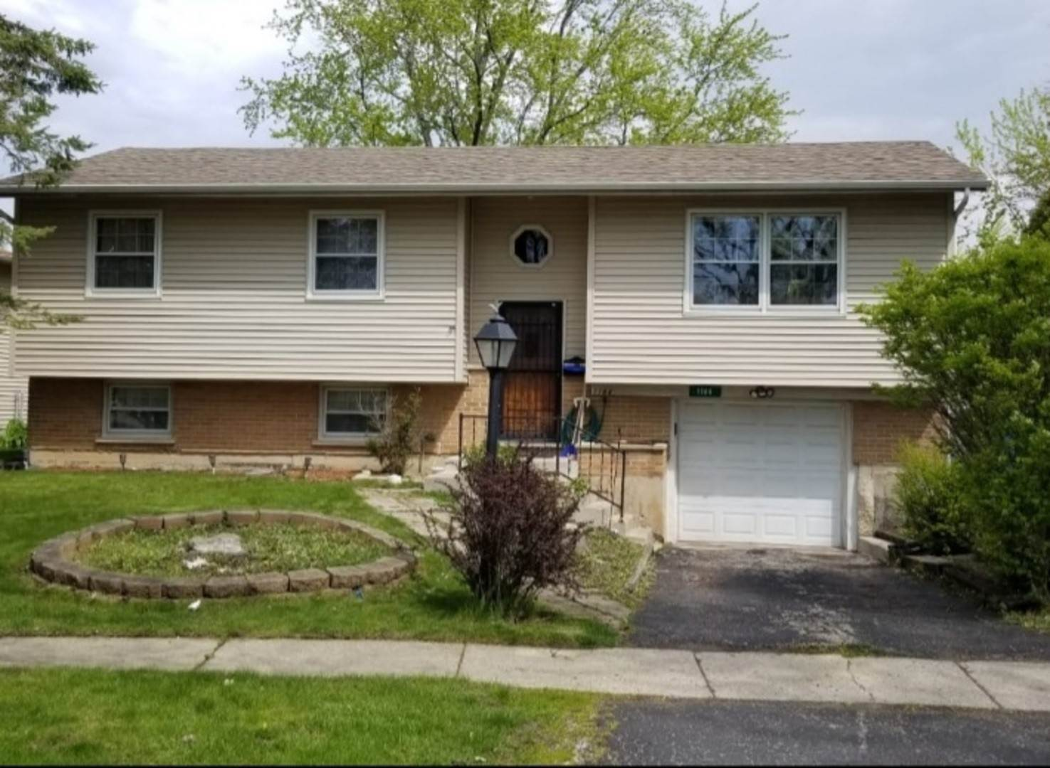 Residential Lease at 1184 Parkview Drive Hanover Park, Illinois 60133 United States