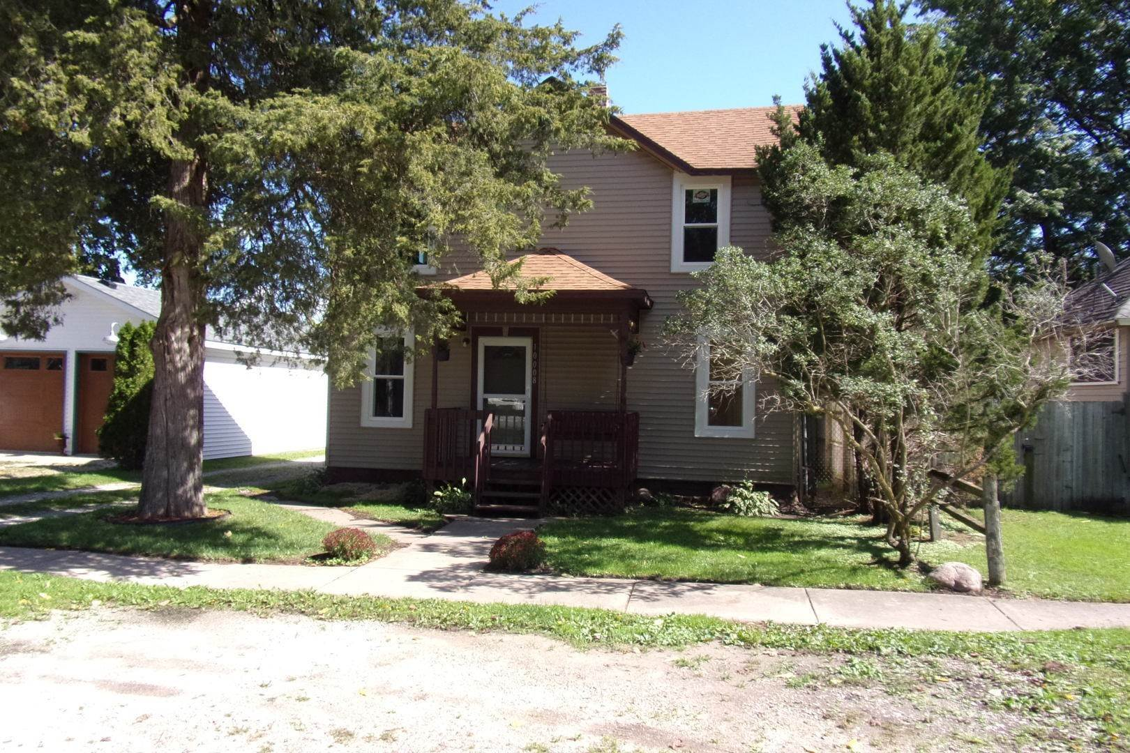 Single Family Homes for Sale at 10008 Union Street Hebron, Illinois 60034 United States
