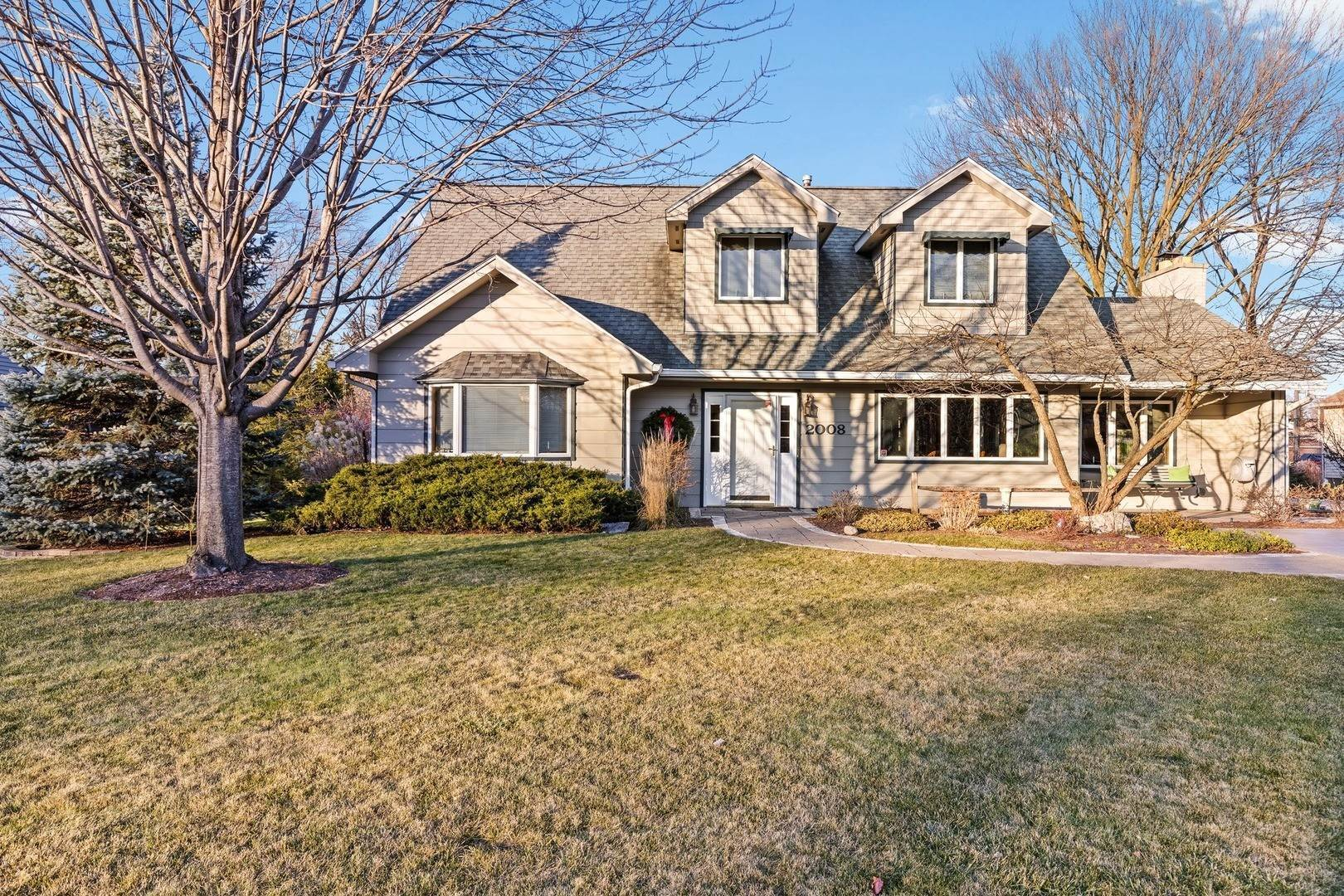 Single Family Homes for Sale at 2008 W 55th Place La Grange Highlands, Illinois 60525 United States