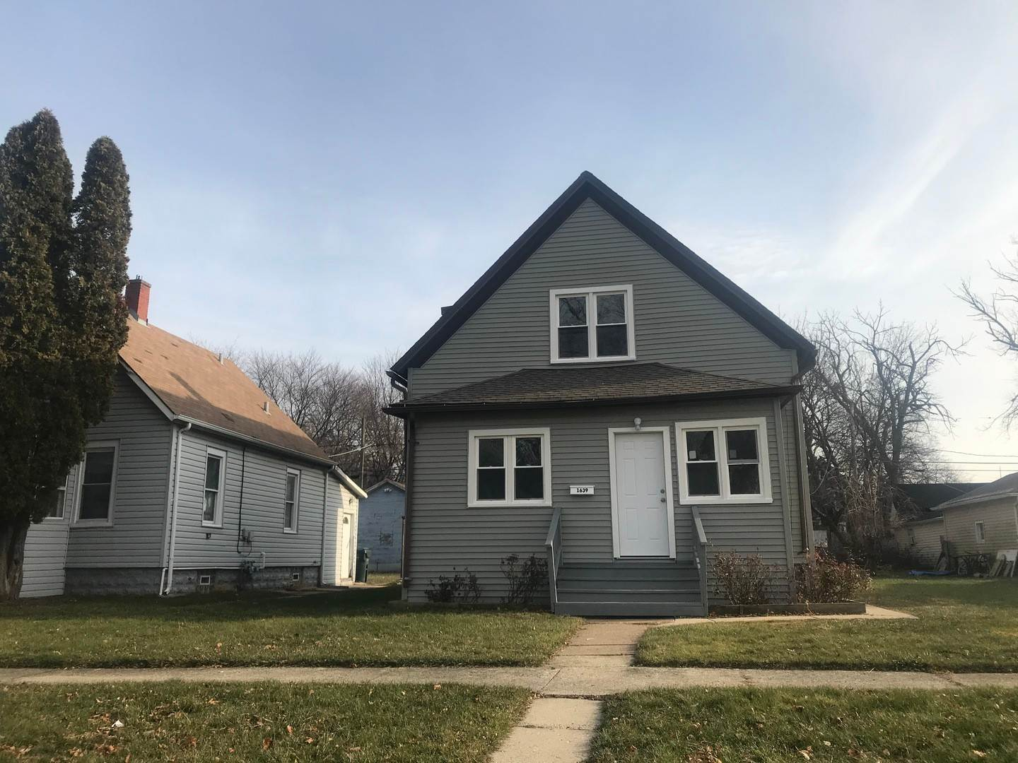 Residential Income for Sale at 1639 Victoria Avenue North Chicago, Illinois 60064 United States