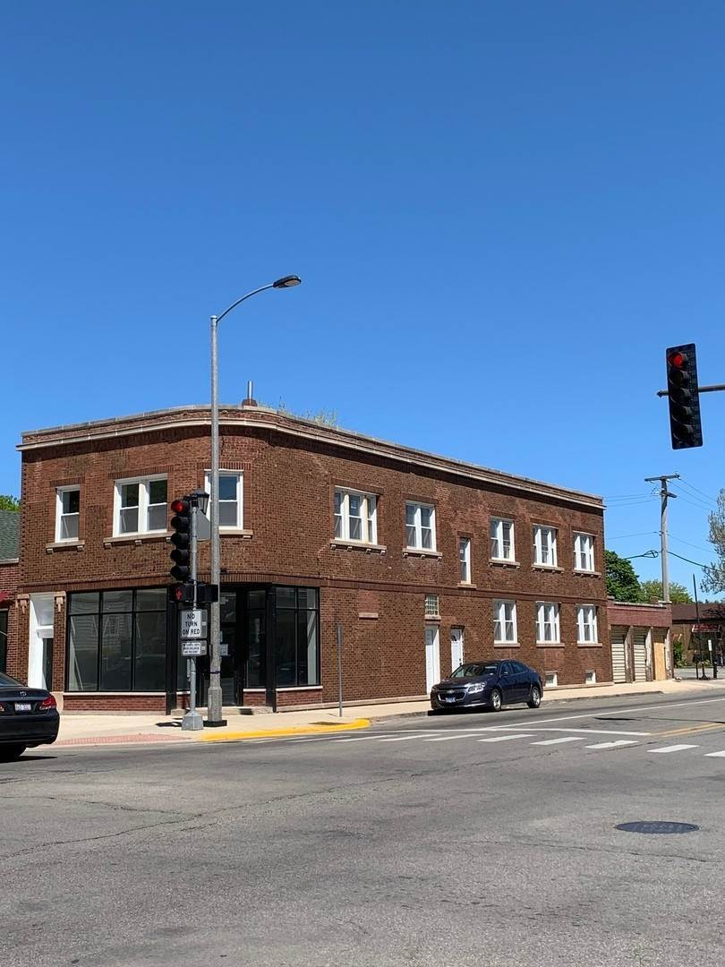 Commercial for Sale at 1547 S Oak Park Avenue Berwyn, Illinois 60402 United States