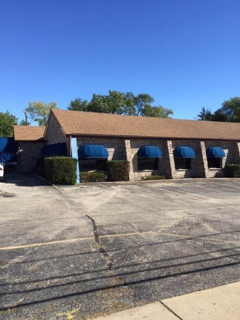Commercial for Sale at 88 E Grand Avenue Fox Lake, Illinois 60020 United States