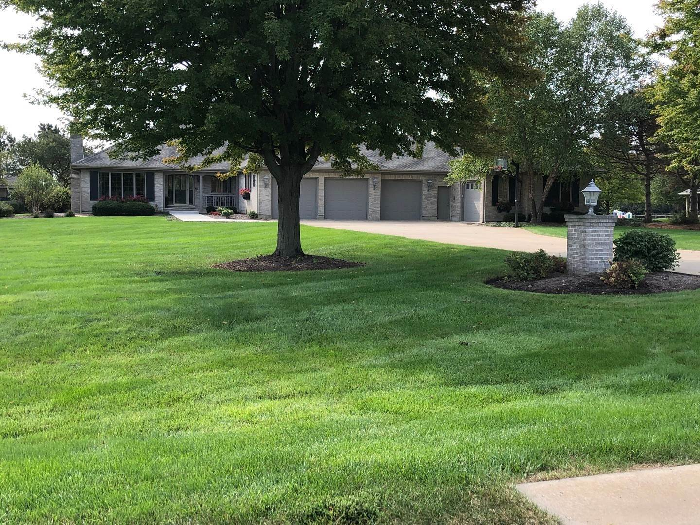 Single Family Homes for Sale at 37w543 Heritage Drive Batavia, Illinois 60510 United States