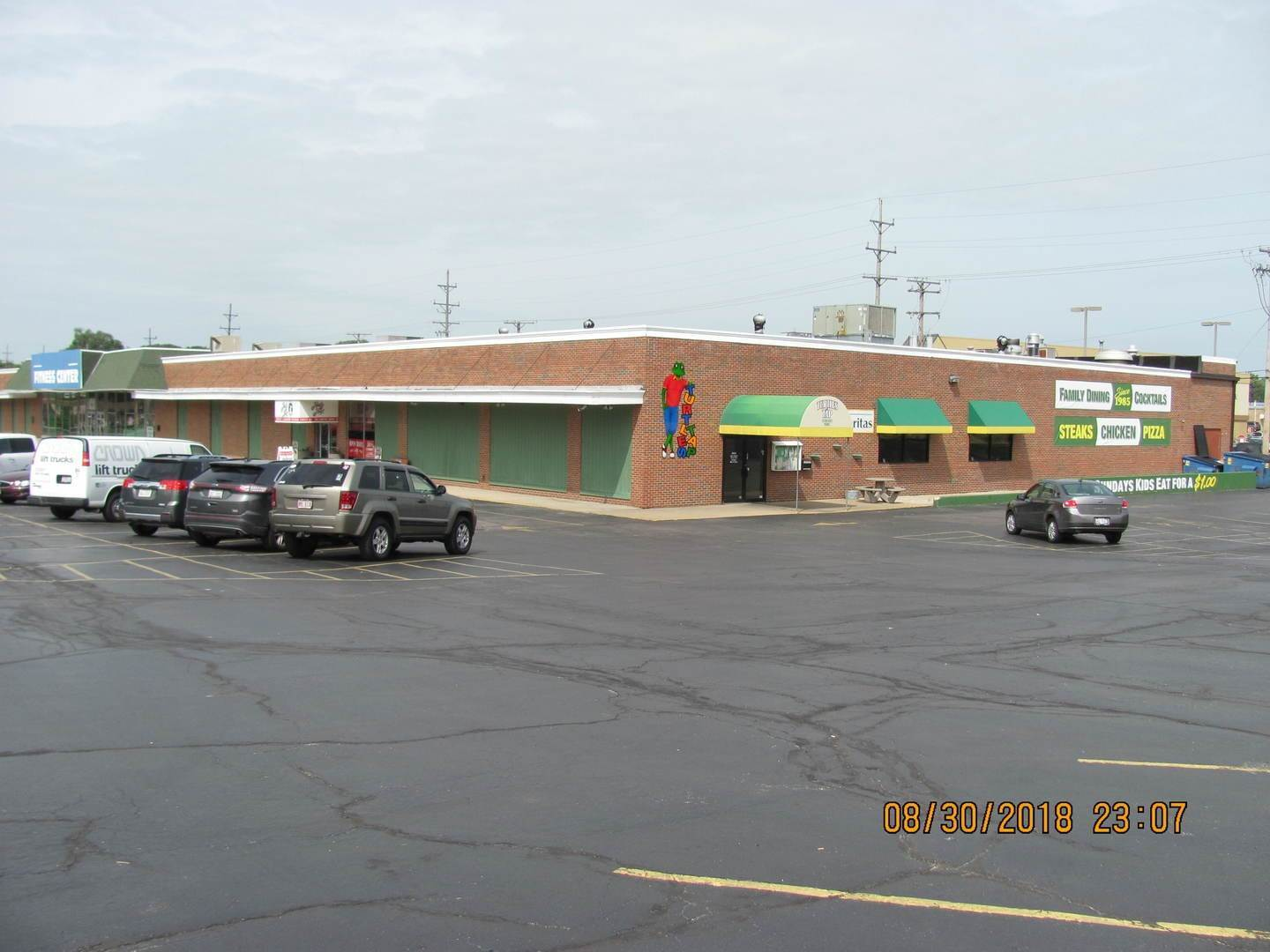 Commercial الساعة 180 E Waverly Street Morris, Illinois 60450 United States