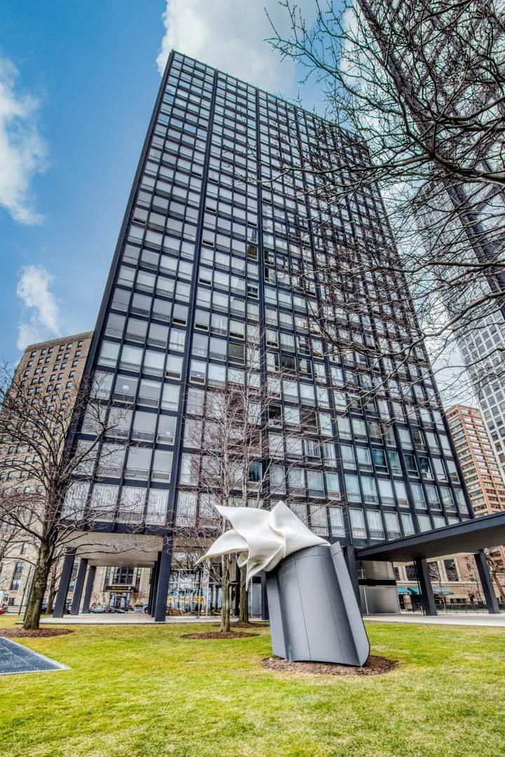 Property for Sale at 860 N Lake Shore Drive Chicago, Illinois 60611 United States