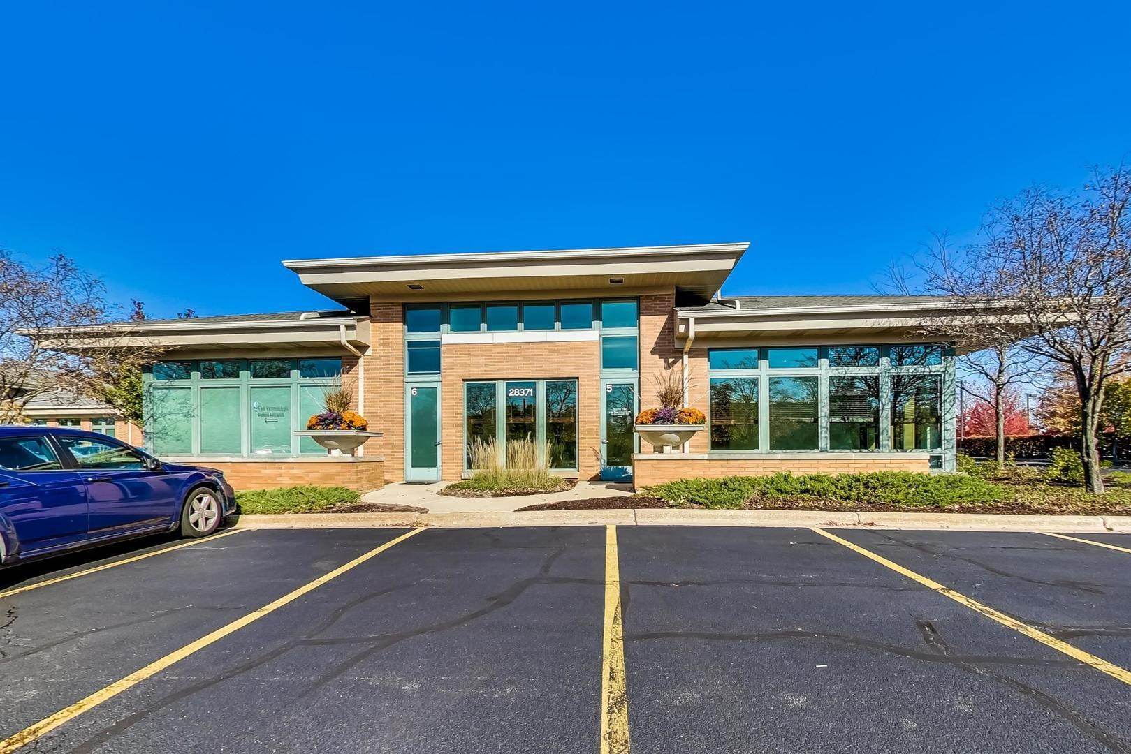 Commercial for Sale at 28371 Davis Parkway Warrenville, Illinois 60555 United States