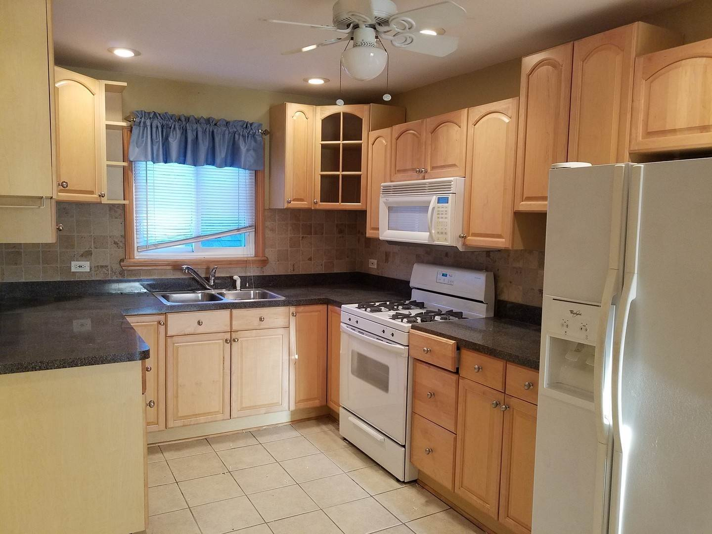 Residential Lease at 9852 Lawrence Court Schiller Park, Illinois 60176 United States