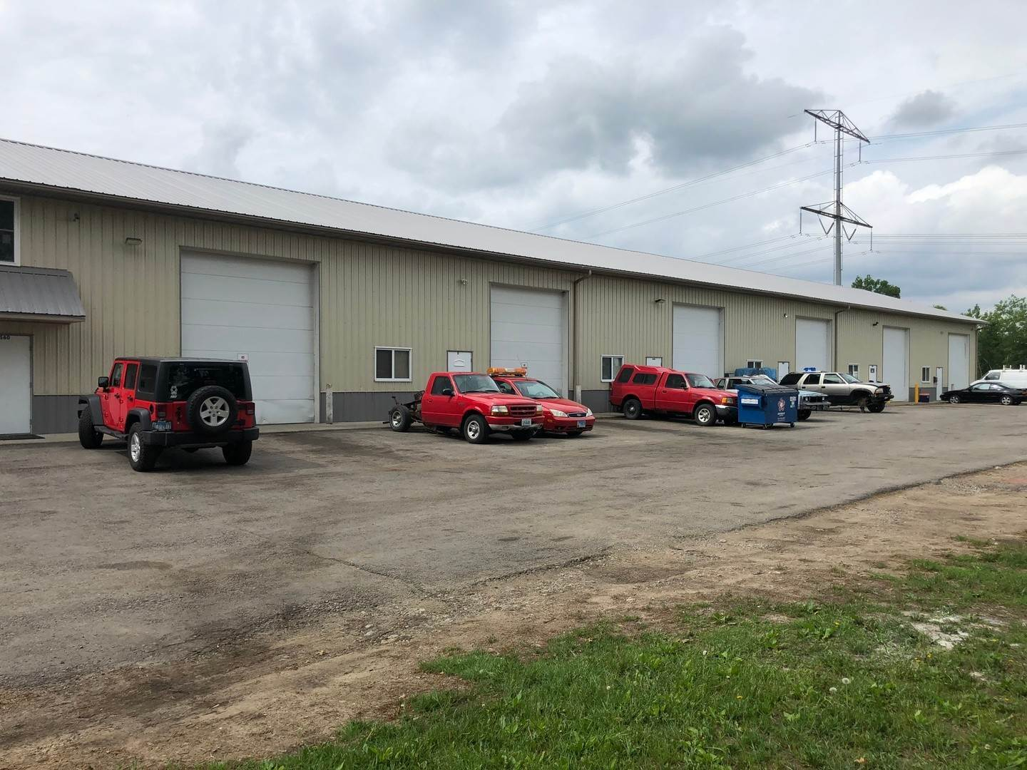 Commercial for Sale at 560 Davy Lane Wilmington, Illinois 60481 United States