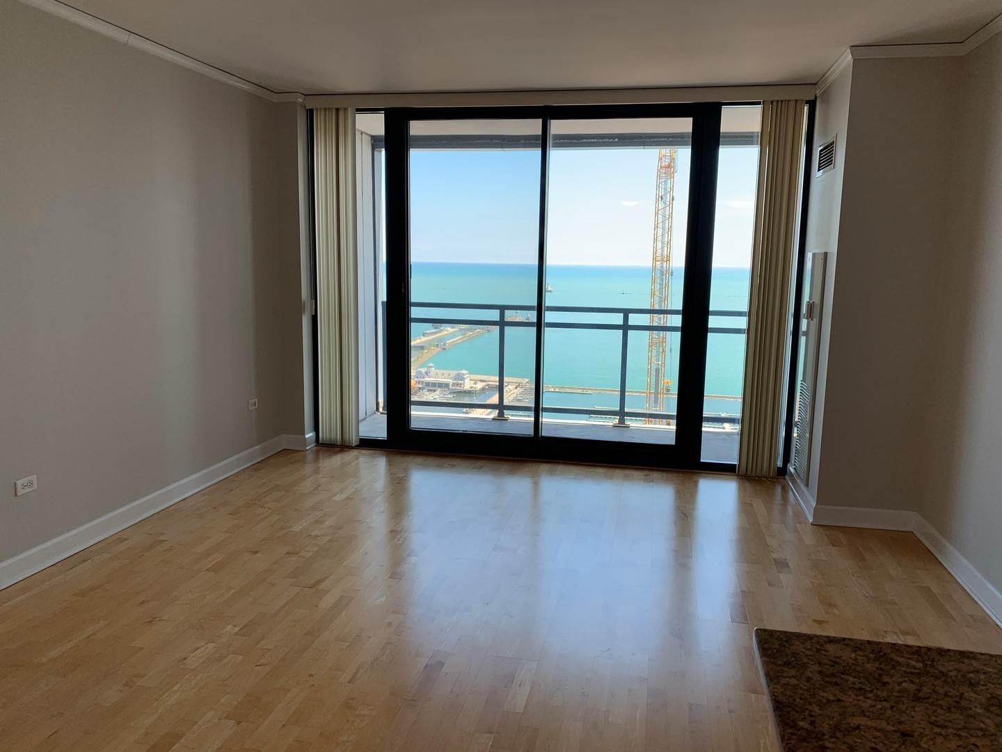 Rentals at 201 North Westshore Drive Unit 2806 Chicago, Illinois 60601 United States