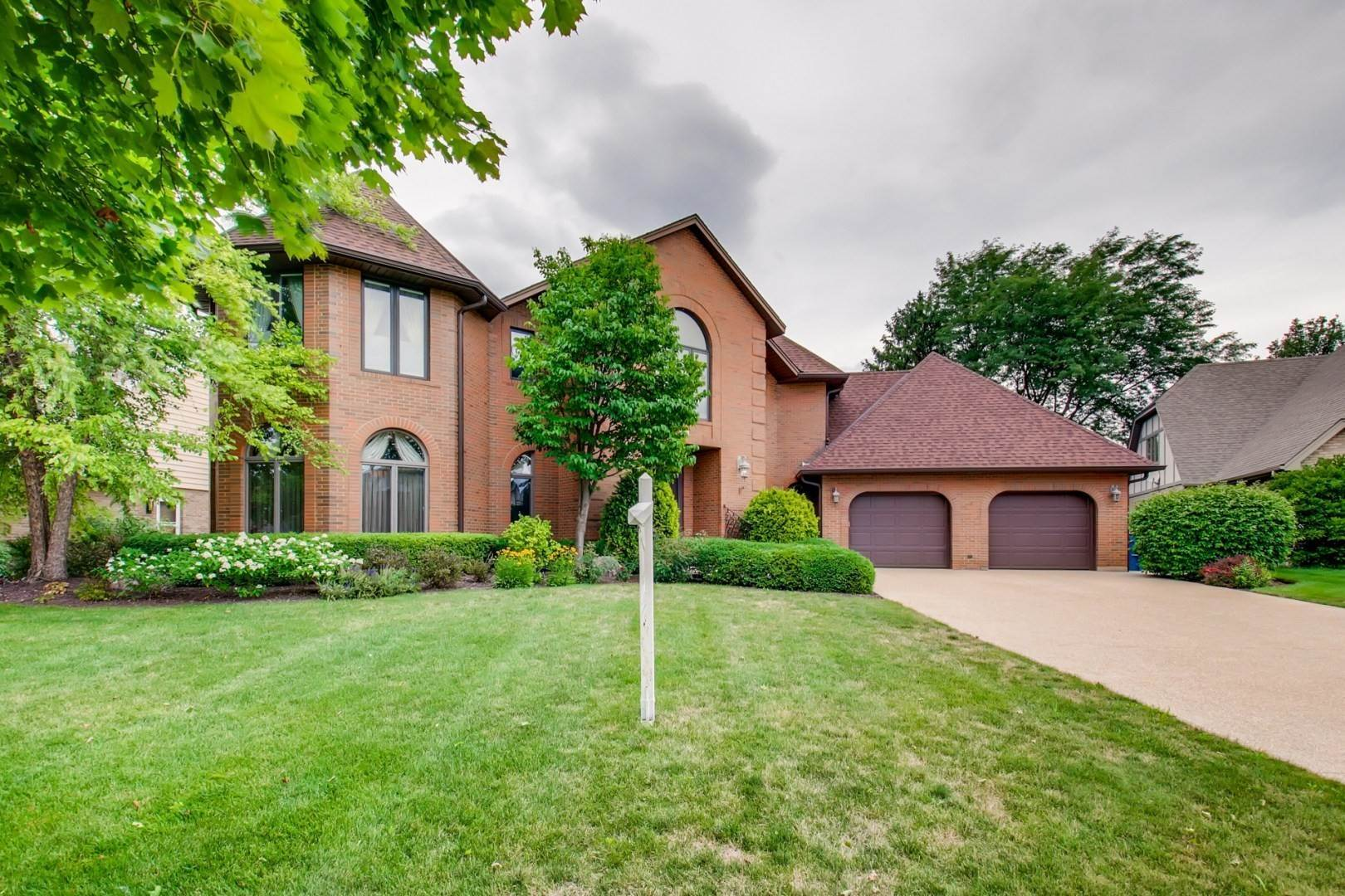 Single Family Homes for Sale at Address Restricted By Mls Schaumburg, Illinois 60193 United States