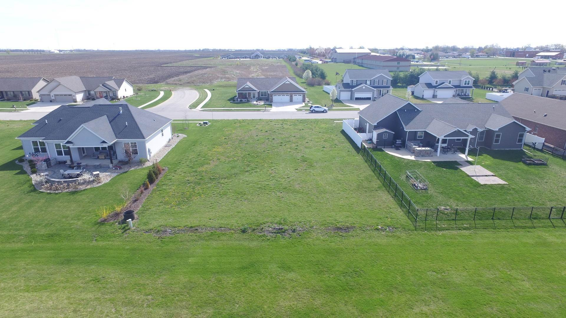 Land for Sale at 1409 Railside Drive Gibson City, Illinois 60936 United States