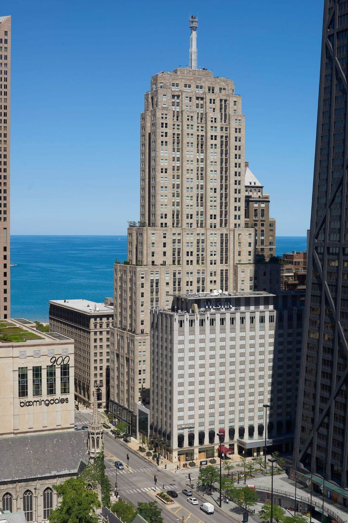 Condominiums pour l Vente à Stunning Full Floor Residence With Panoramic Lake and City Views 159 E Walton Street, Unit 33A Chicago, Illinois 60611 États-Unis