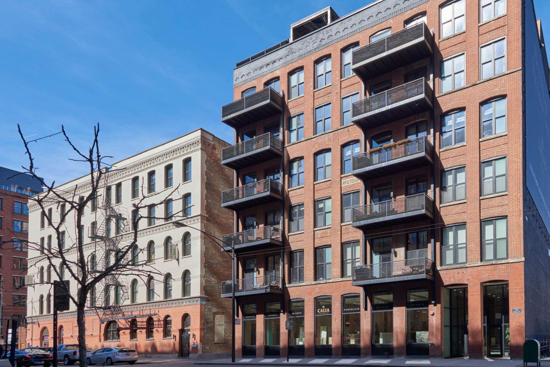 Condominiums for Sale at RIver North Penthouse Loft 154 W Hubbard Street, Unit 603 Chicago, Illinois 60654 United States