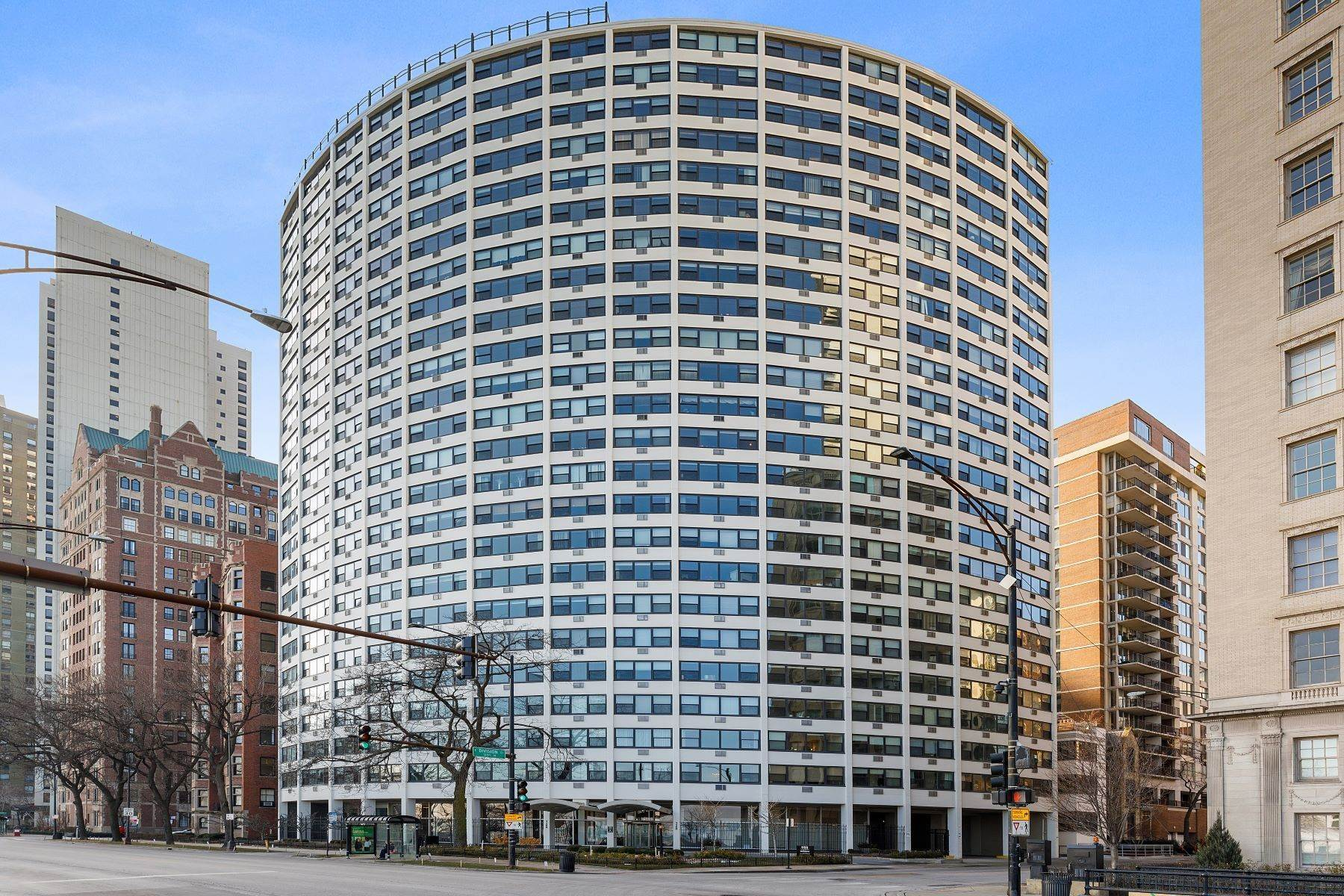 Condominiums for Sale at Penthouse with Lake Michigan 1150 N Lake Shore Drive, Unit 24AB Chicago, Illinois 60611 United States