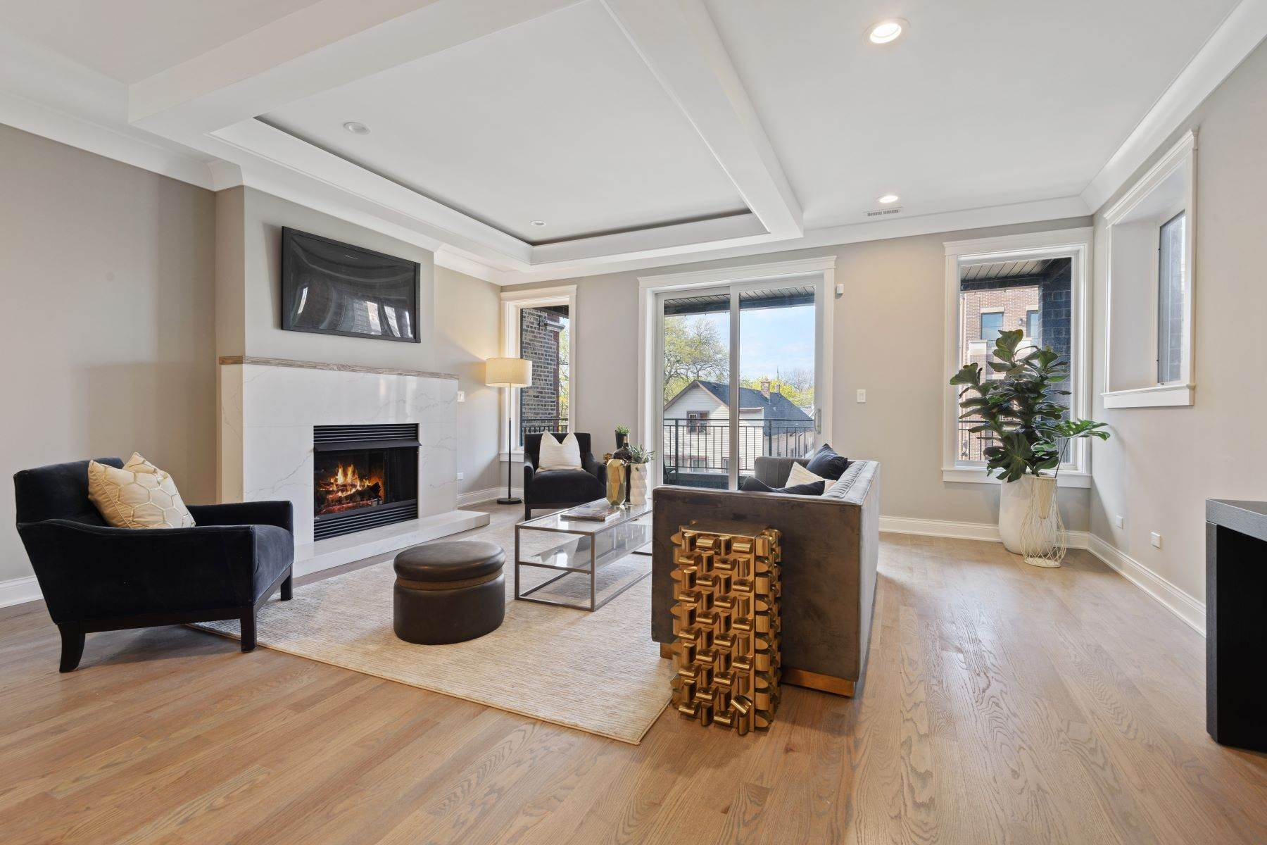 Duplex Homes for Sale at Exciting New Construction Duplex Penthouse 1323 W Wrightwood Avenue, Unit 3 Chicago, Illinois 60614 United States