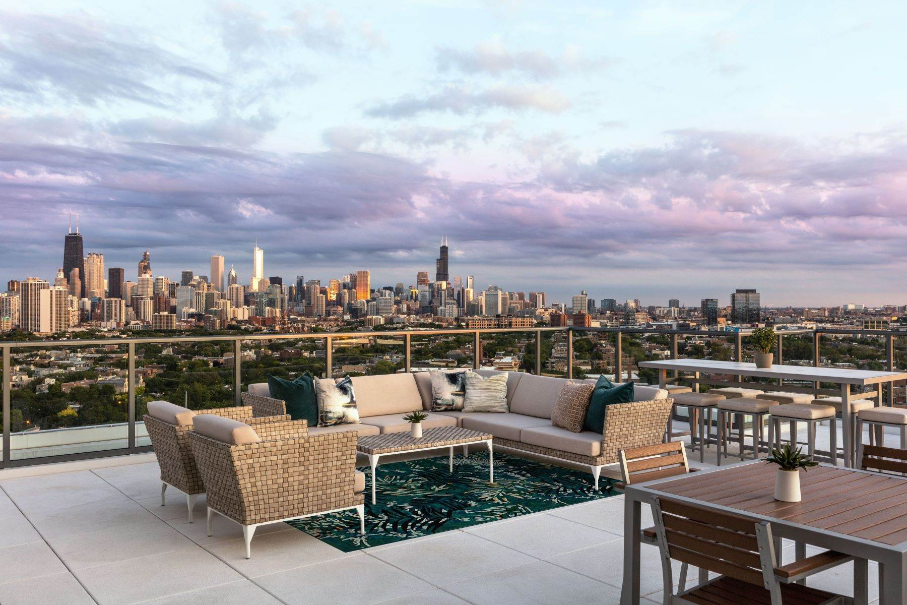 Single Family Homes for Sale at The Orchard Private Residences 2350 N Orchard Street, Unit 604 Chicago, Illinois 60614 United States