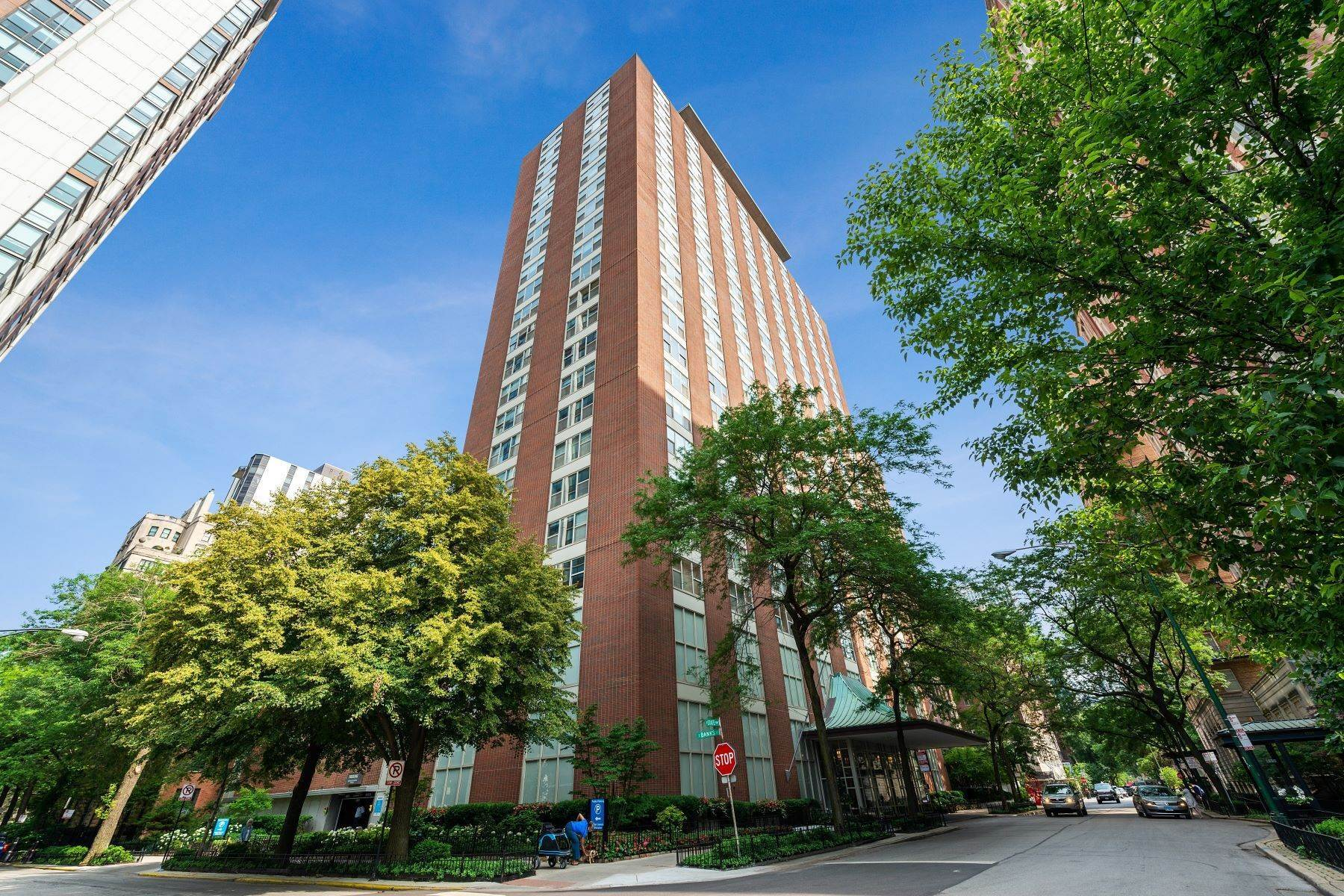 Condominiums for Sale at Unique Gold Cost Two Bedroom 1325 N State Parkway, Unit 11B Chicago, Illinois 60610 United States