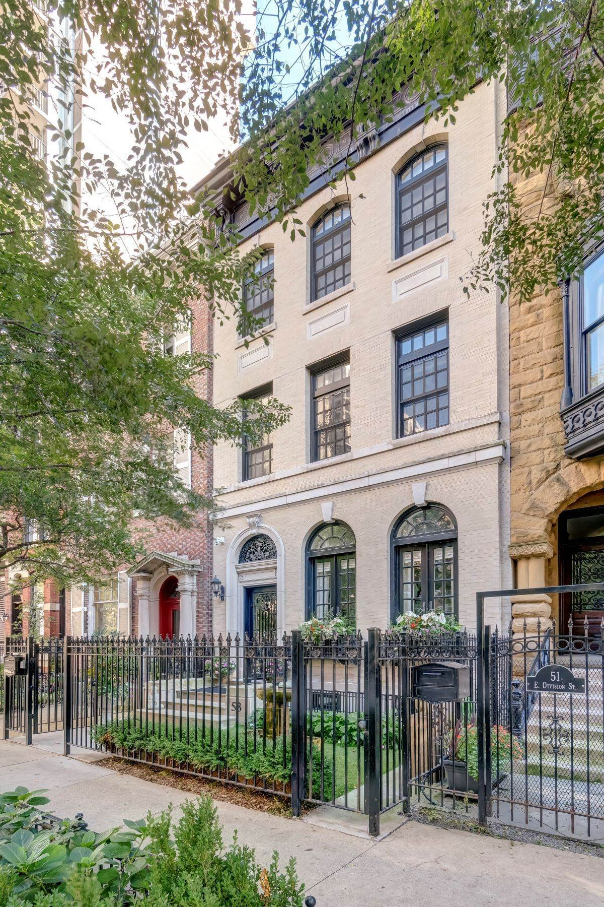Single Family Homes for Sale at Masterpiece 53 E Division Street Chicago, Illinois 60610 United States