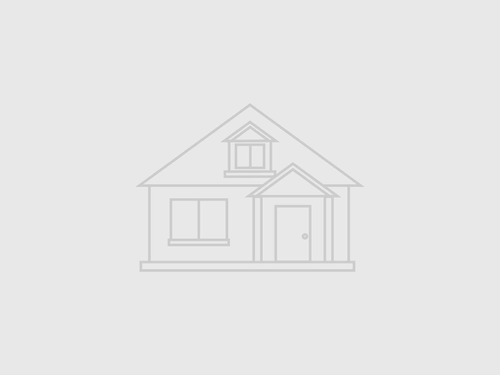 Single Family Homes for Sale at 280 Old Farm Road Northfield, Illinois 60093 United States